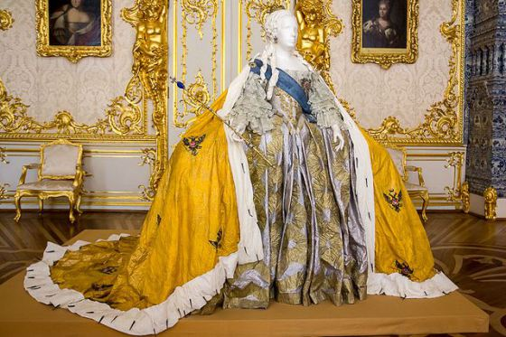 Catherine the great fashion 81
