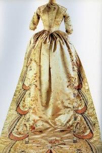 Marie Antoinette's Gown Back