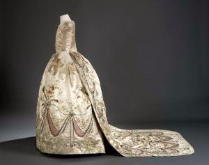 Marie Antoinette's Gown Side