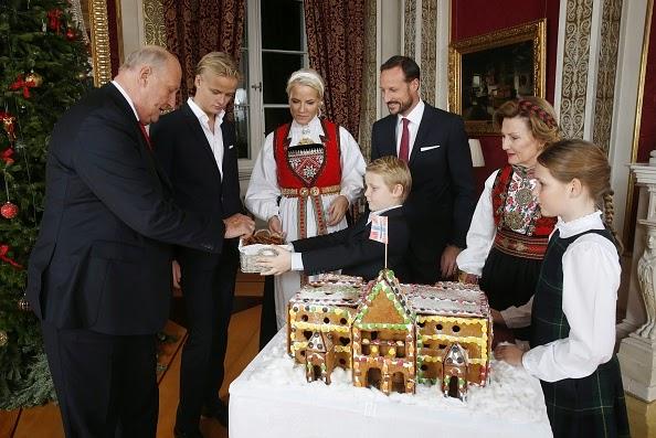 Royal Christmas.Royal Christmas Gifts My Frugal Lady