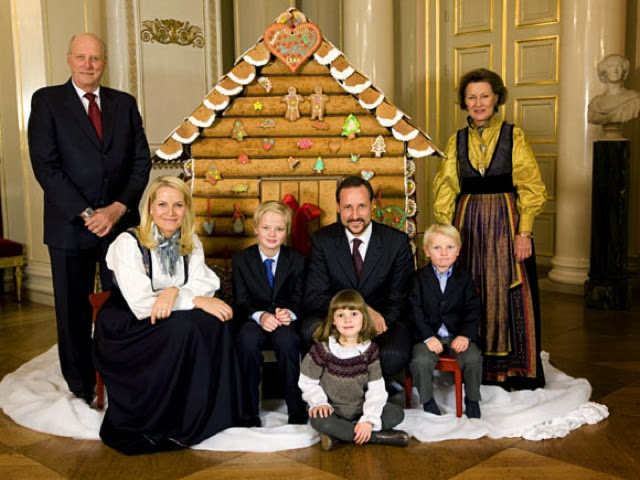 Royal Family Photo Ideas