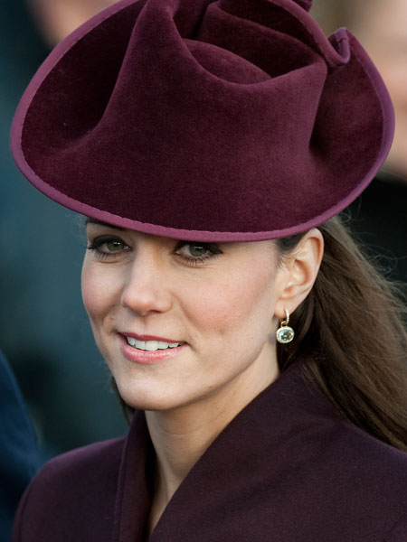 Kate Christmas earrings